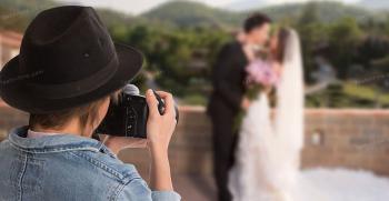 از خدمات آتلیه عکاسی و فیلمبرداری عروسی آگاه شوید