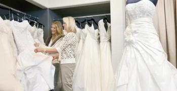 همه چیز درباره تاریخچه لباس عروس