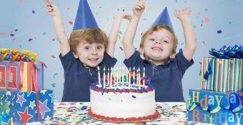 تزیین جشن تولد دوقلوها +مدل کیک و جشن برای دوقلو دختر و پسر