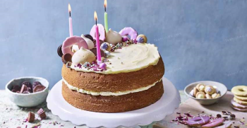 طرز تهیه کیک ساده خانگی بدون همزن برقی [ساده و سریع]