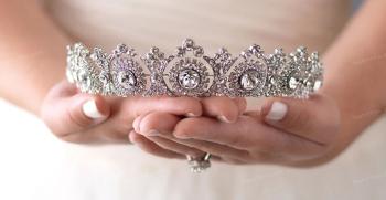 خاص ترین مدل های تاج عروس 2020