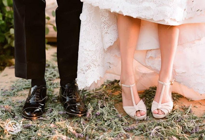 دو جفت کفش عروس مختلف بخرید