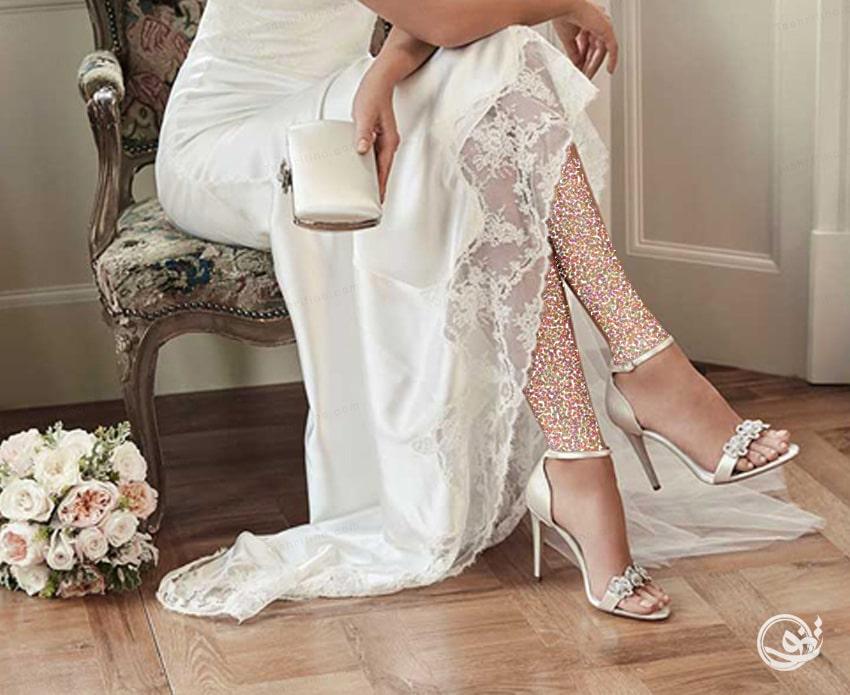 برای انتخاب مدل کفش عروس، به مدل لباس عروس تان توجه کنید