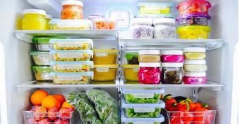 انواع چیدمان داخل یخچال عروس + لیست وسایل یخچال