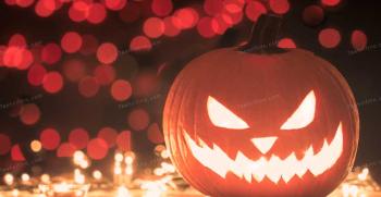 جشن هالووین چیست؟ هرچیزی که باید درباره هالووین بدانید!
