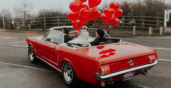 زیباترین مدل های تزیین ماشین عروس با بادکنک