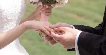مرد متولد آذر با چه ماهی ازدواج کند - ازدواج مرد آذر ماهی