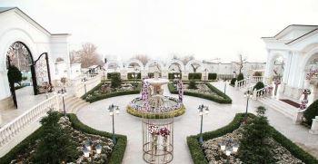 سالن عقد فضای باز روف گاردن در تهران