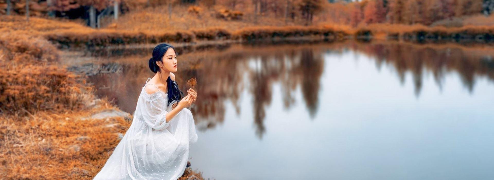 ایده برای عکاسی فرمالیته در پاییز | انواع ژست های عکاسی پاییزی