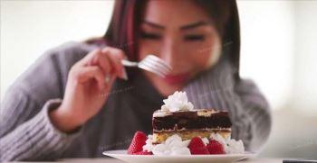 12 تعبیر خواب کیک [تولد + عقد + کیک خوردن]